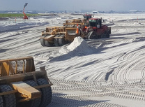 CPB Contractors is working with the Brisbane Airport Corporation to build the New Parallel Runway in a 50:50 joint venture with BMD Constructions (Cimic Group)