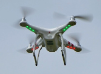 Drone-diagnosis may be faster and cheaper than using fixed cameras (Nevit Dilmen/CC BY-SA 3.0)