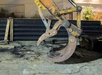 For illustration, a Bodine excavator attachment (Rhododendrites/CC BY-SA 4.0)