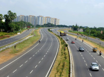 The Vijayawada–Guntur Highway (Pratapkagitha/CC BY-SA 4.0)