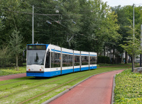 Amsterdam is to have help in upgrading its tram system (Rob Dammers/CC BY 2.0)