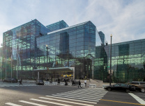 The Jacob K. Javits Convention Center (Ajay Suresh/Wikimedia Commons/CC BY 2.0)