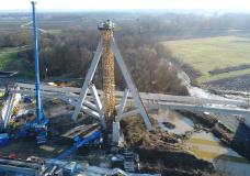 "Vienna university demonstrates its ""umbrella"" method of bridge building"