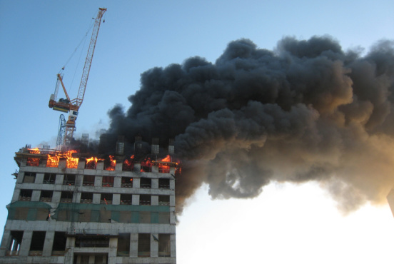 A building on fire in the UAE (Amir Radja/Dreamstime)