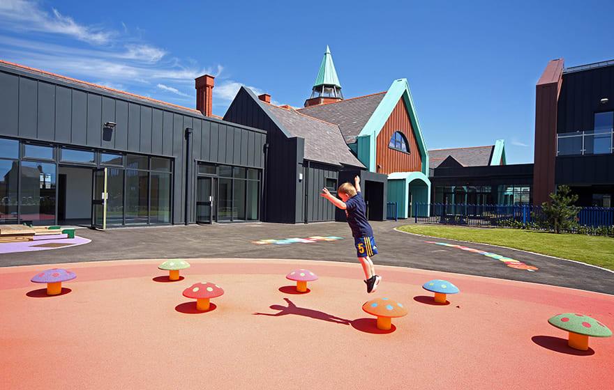Ysgol Cybi primary school scheme