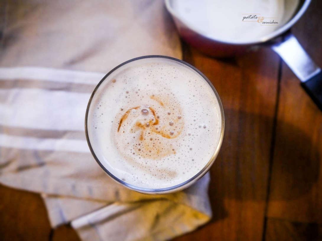 Latte macchiato vegan au caramel