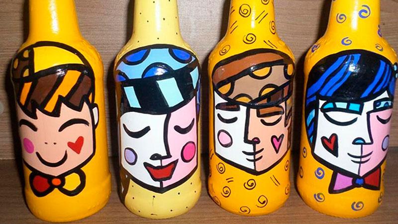 Artesanato feito com garrafas