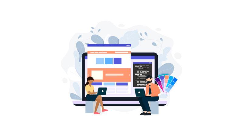 Pessoas usando um criador de sites para editar suas paginas