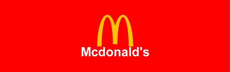 Logo do McDonald's com fundo em cor vermelha
