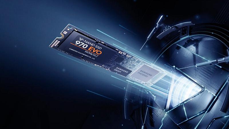 um modelo de SSD Nvme sendo destacado