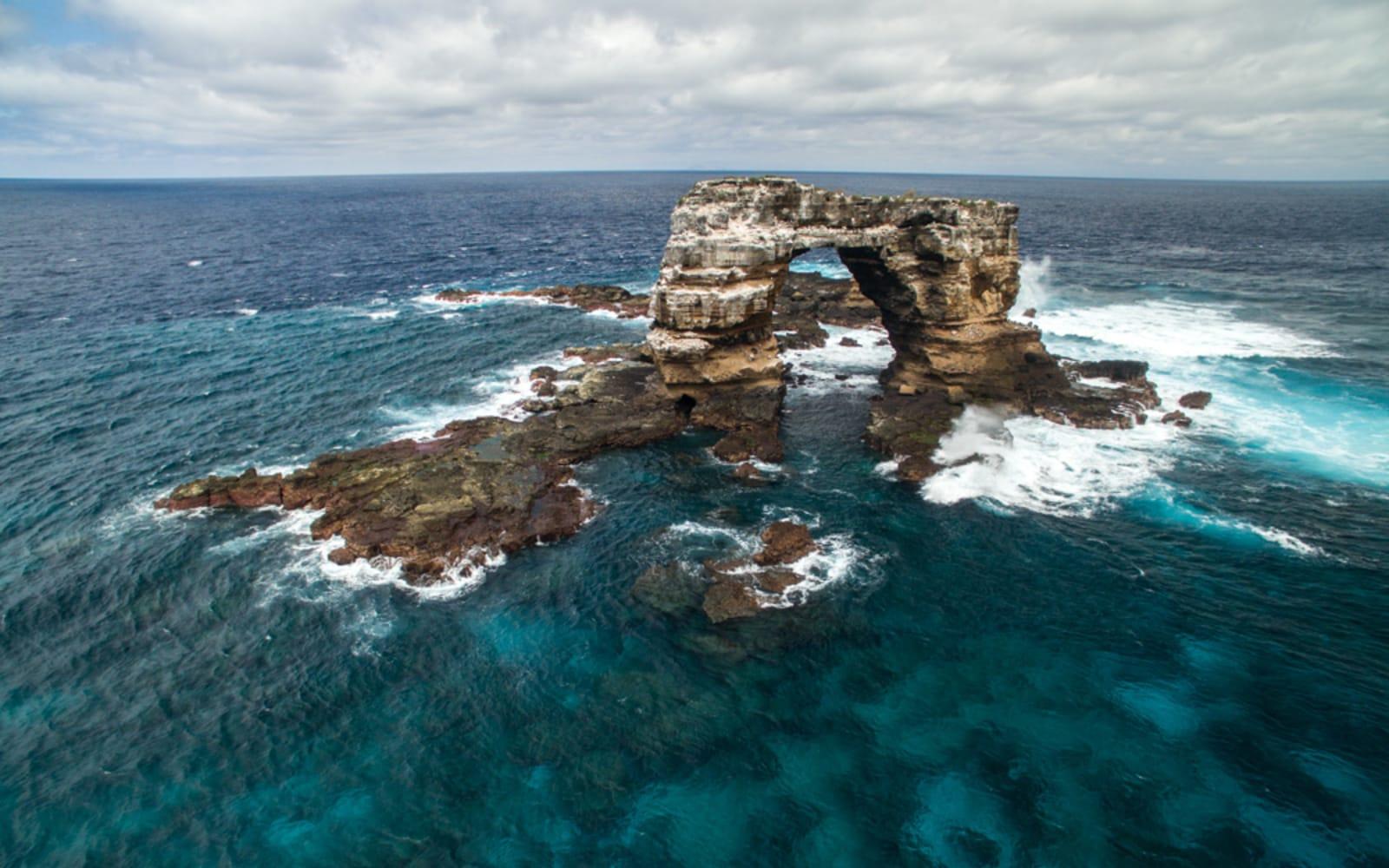 >Darwin's Arch, Galapagos