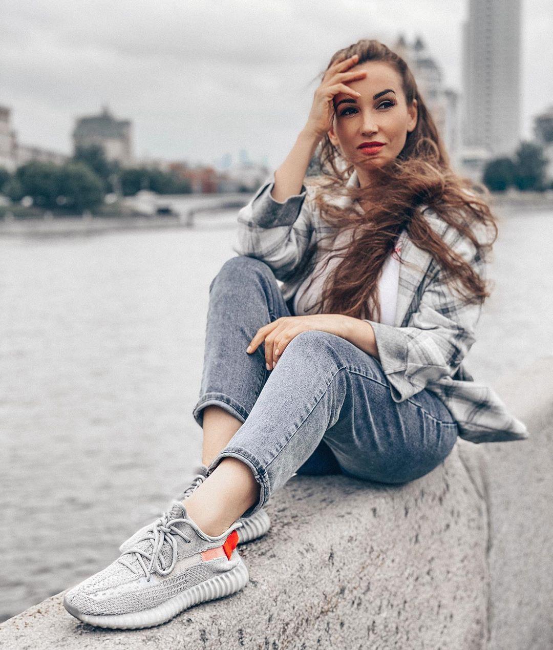 Становлюсь другой женщиной: Анфиса Чехова призналась, что делает наращивание волос