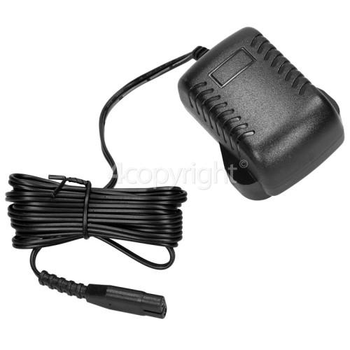 UK Window Vacuum Mains / Battery Charger : Input 100v To 240v Output 5.5v