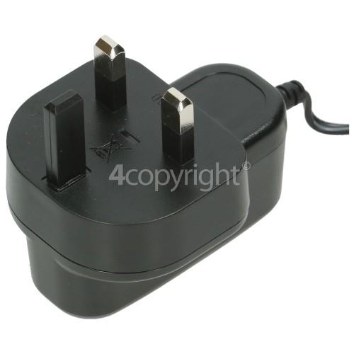 Bosch UK Battery Charger : 2609005139 Input 220V To 240V Output 13. 5V