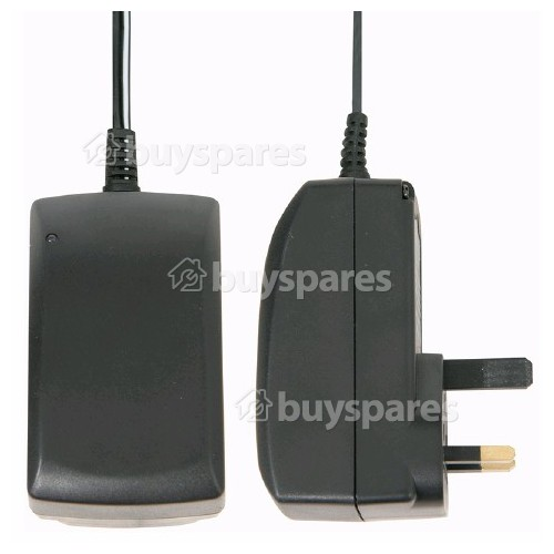 Skytronic 2250mA Schaltnetzteil-Adapter - GB Stecker
