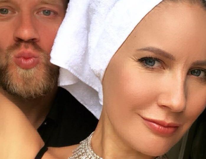 Семейные радости: Елена Летучая сладко поздравила своего мужчину