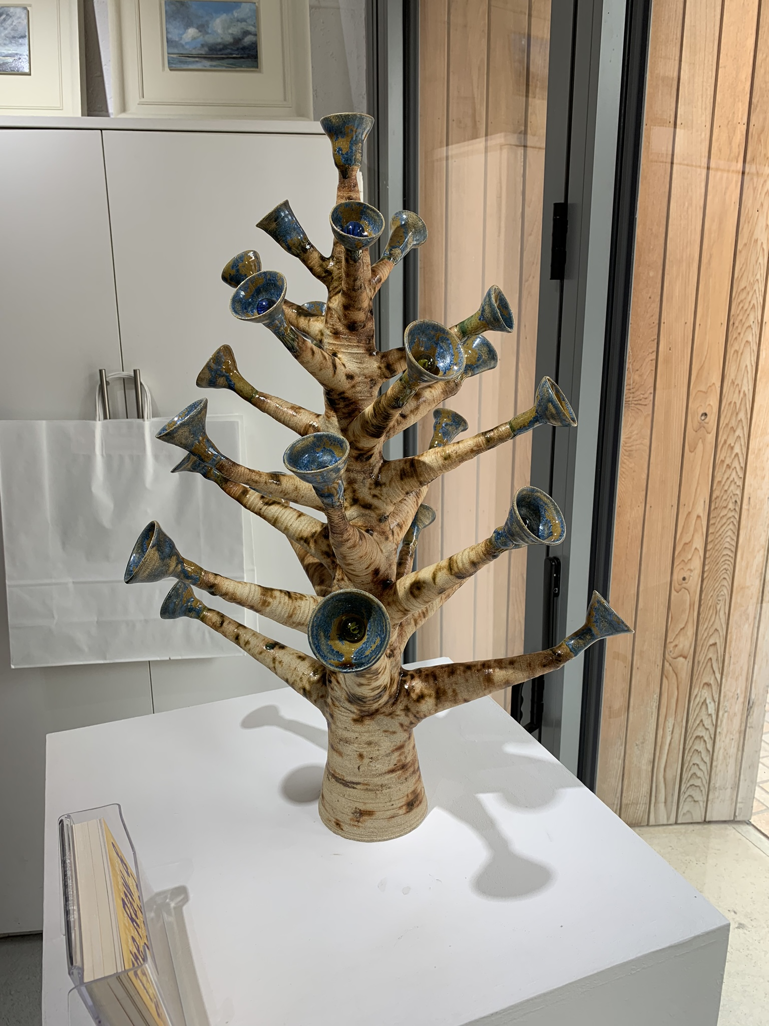 Ceramic plant-like creation