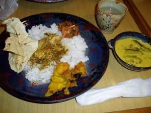 スリランカ家庭料理『すらさ』