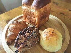 丘の上のパン屋