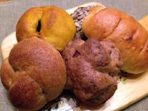 石臼自家製粉のパン『Bio Complet』