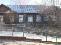 Элитная прописка: жильцы не хотят переселяться из барака в центре Рязани