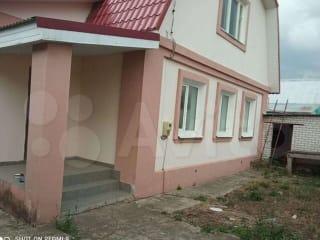 Коттедж 200 м² на участке 6 сот.