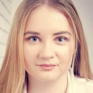 Fiona Carolin