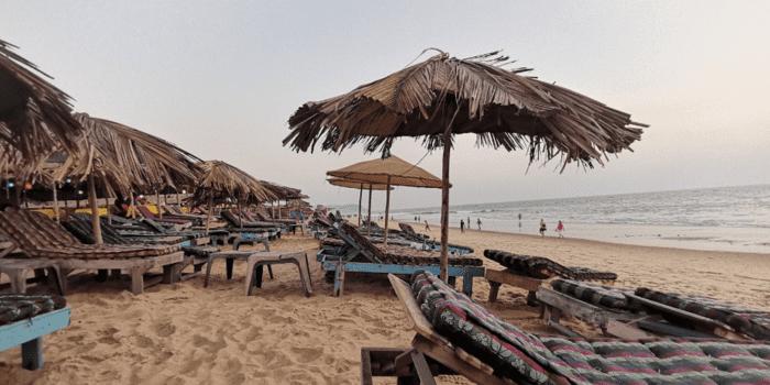 Candolim-Beach-in-goa_1