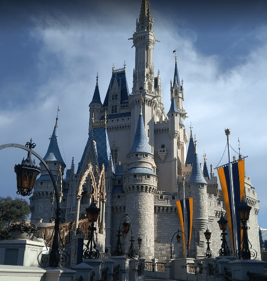 Walt-Disney-World-Resort-places-to-visit-in-florida