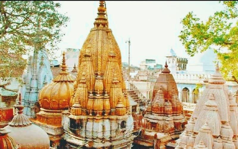 Kashi-Vishwanath-Varanasi-golden-temples-in-india