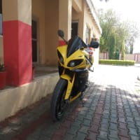heavy bike yamaha R1 for sale