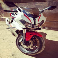 Benelli 302R, Model Feb 2018, Excellent condition Dual Cylender, Dual Disk Brakes.