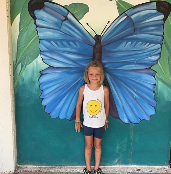 Дочь Тимати Алиса начала учить поэмы Пушкина