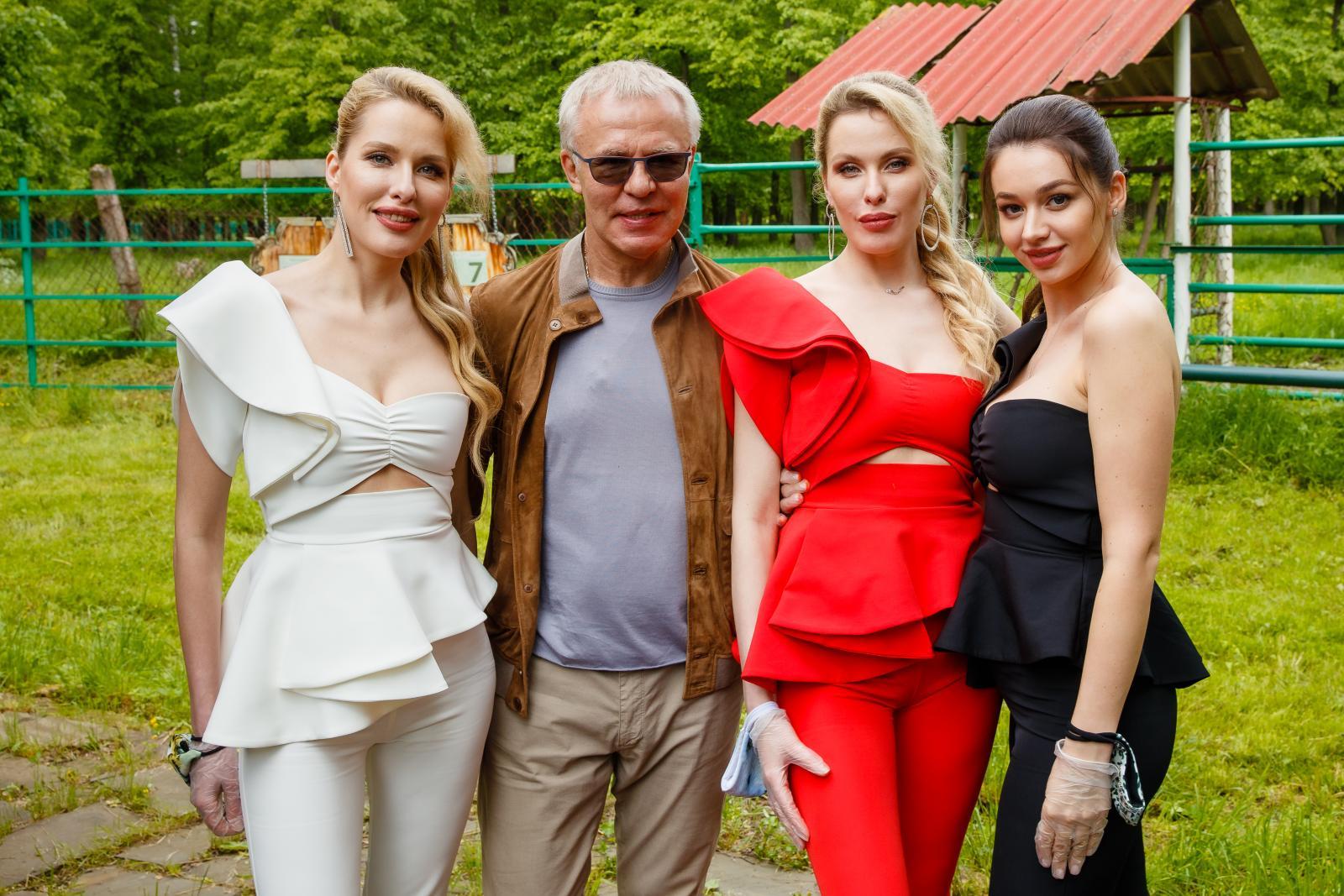 Вячеслав Фетисов и группа Queens встретились с зубрами