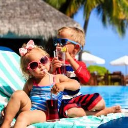3 top destinations for travelling with children: sun glasses
