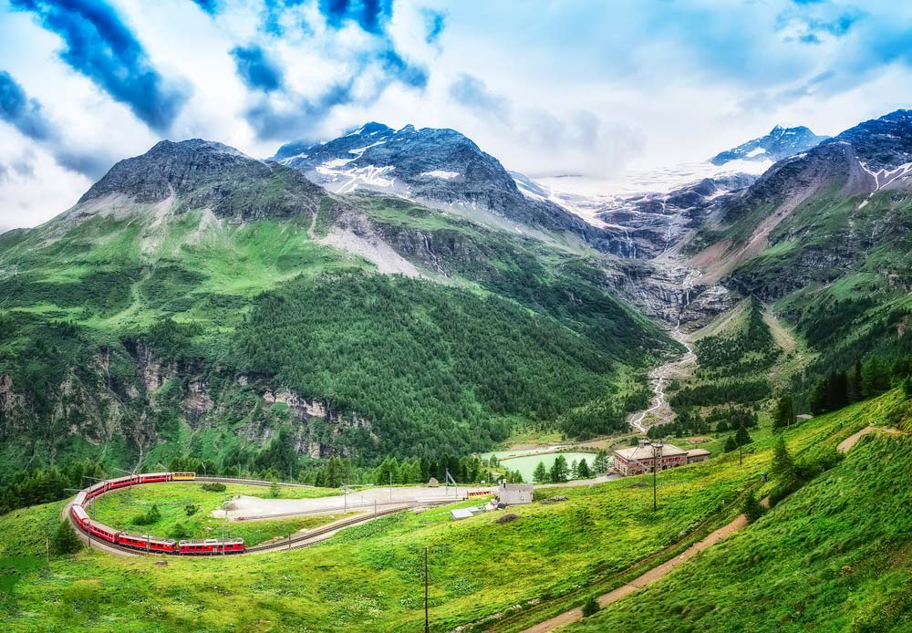 Experience-a-Train-Holiday-Across-Europe-Glacier-Express-Switzerland