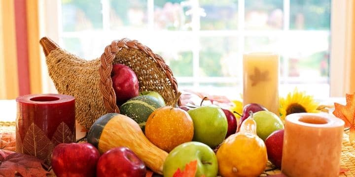 Thanksgiving-Guide-and-Recipes-centre-piece-AllClear-Travel