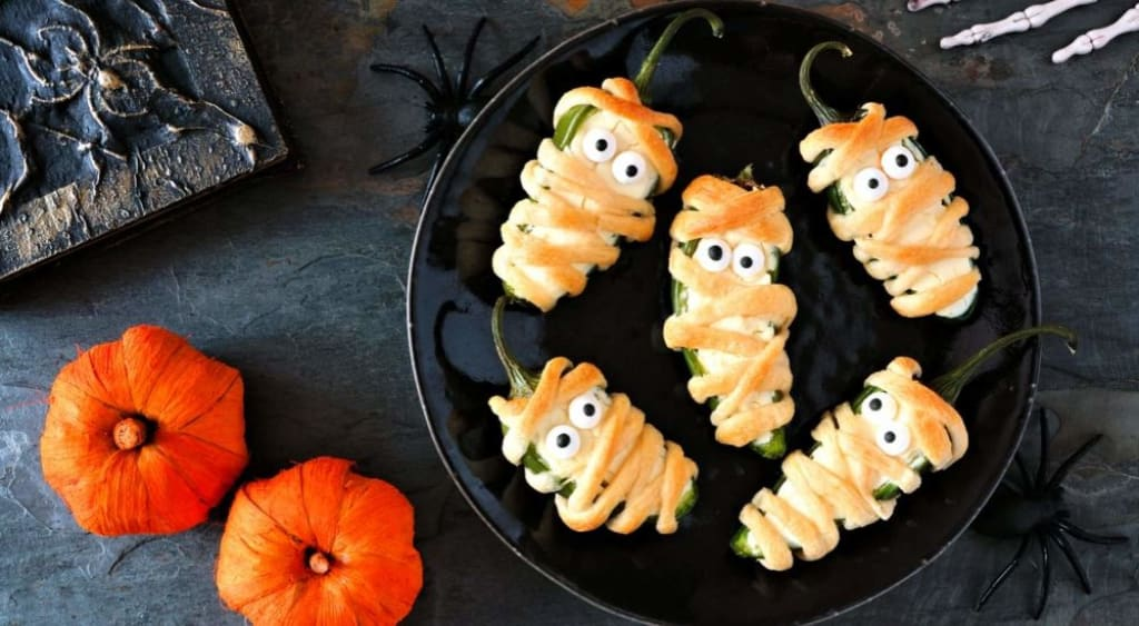 Halloween-Activities-for-Grand-kids-Meal-Time-AllClear-Travel-Blog
