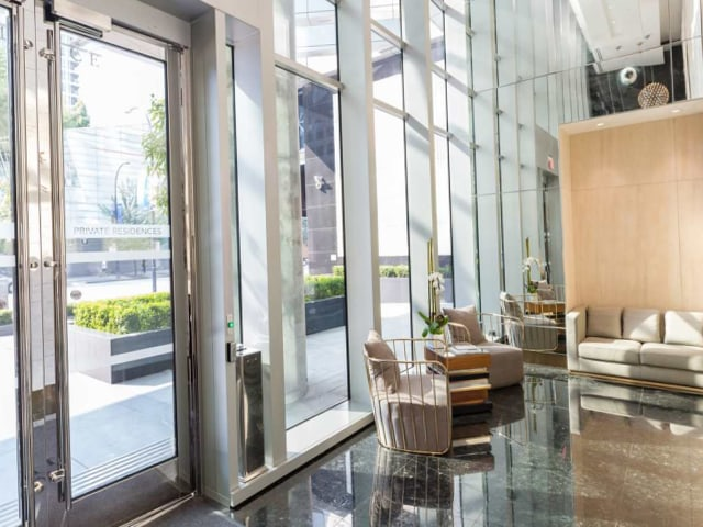 coal harbour penthouses for sale