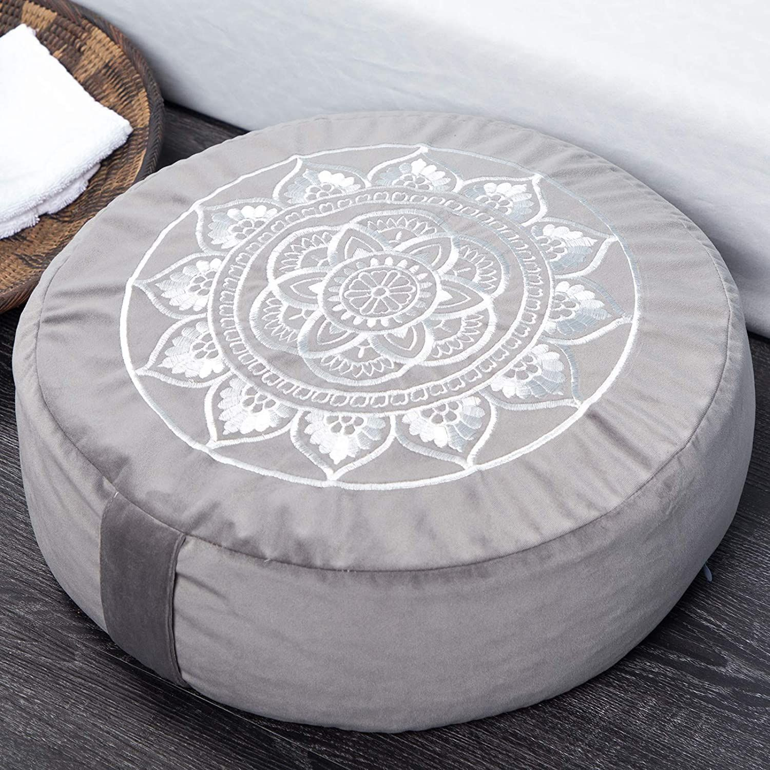 gifts for yoga lovers-7.jpg