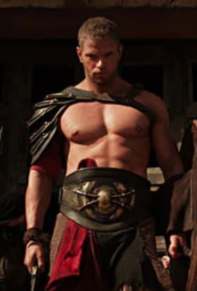 Kellan Lutz teases us with Hercules: The Legend Begins