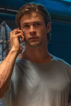 Chris Hemsworth to film kidnap thriller in India