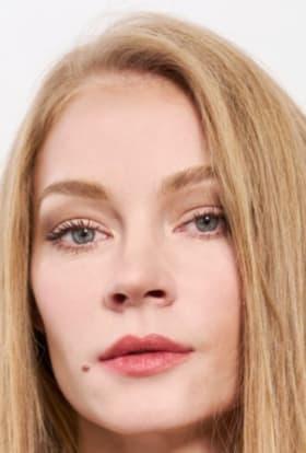 Netflix to shoot contemporary Anna Karenina series in Russia