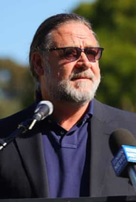 Russell Crowe launches $400m studio in New South Wales