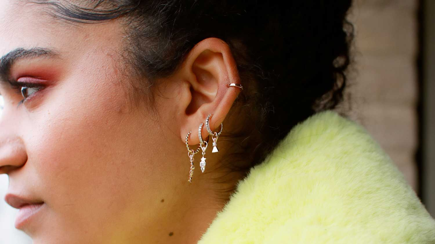 charm collection ear shot