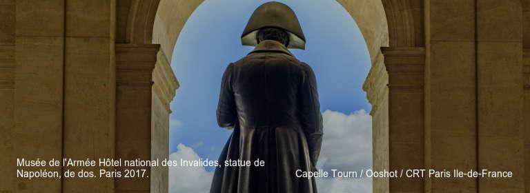 Musée de l'Armée Hôtel national des Invalides, statue de Napoléon, de dos. Paris 2017. Capelle Tourn / Ooshot / CRT Paris Ile-de-France
