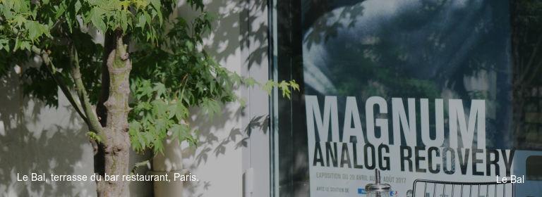 Le Bal, terrasse du bar restaurant, Paris. Le Bal