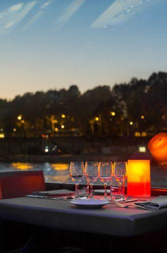 bateaux parisien diner 18H15
