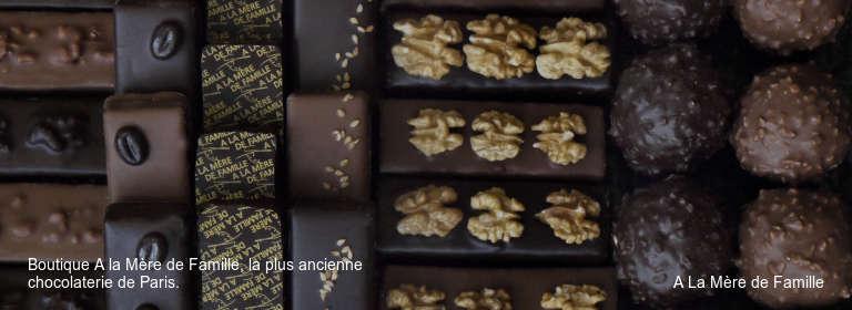 Boutique A la Mère de Famille, la plus ancienne chocolaterie de Paris. A La Mère de Famille