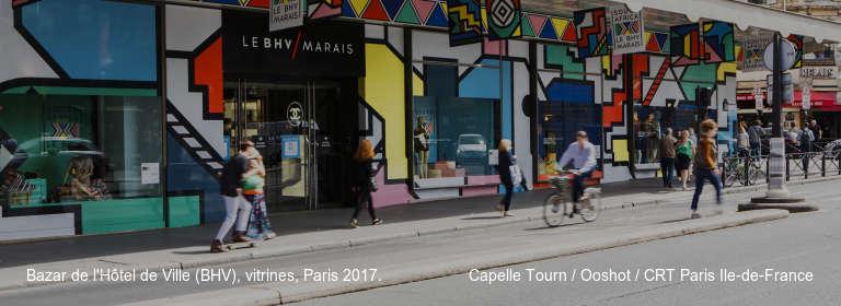 Bazar de l'Hôtel de Ville (BHV), vitrines, Paris 2017. Capelle Tourn / Ooshot / CRT Paris Ile-de-France